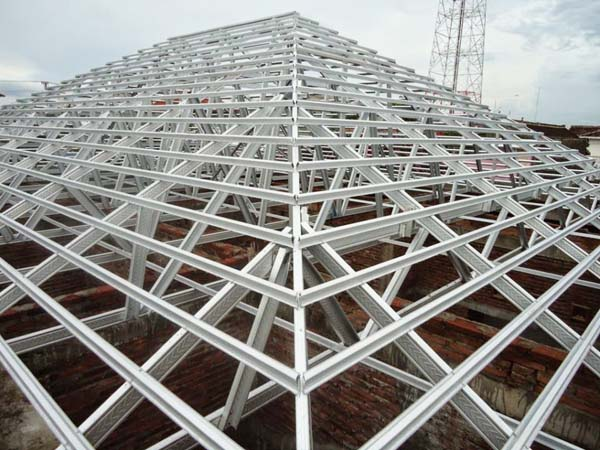 Gambar konstruksi baja ringan